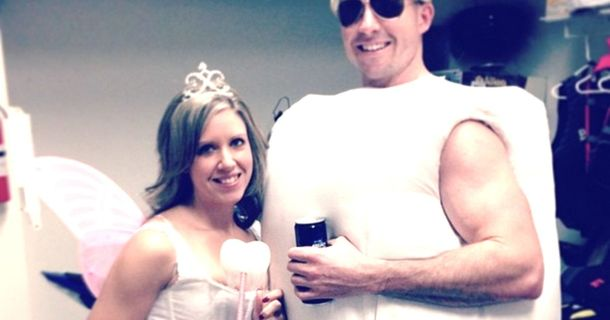 23 Couple Halloween Costumes That Are In A League Of Their Own